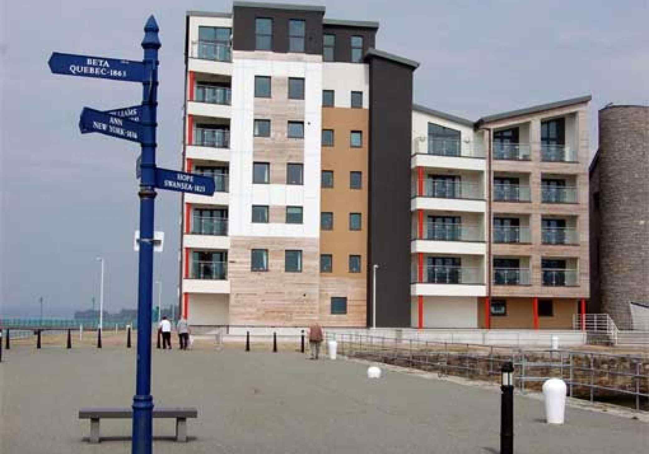 Victoria Dock Caernarfon archiectural open space